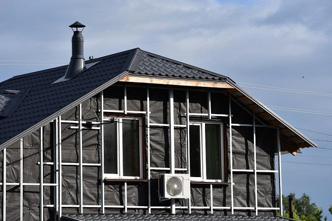Утепление каркасного дома: какие материалы использовать и как это сделать